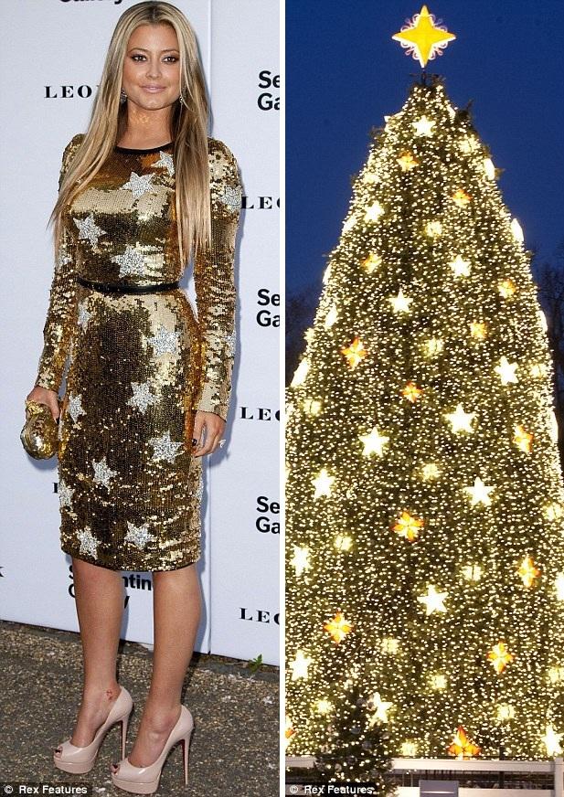 Holy Valance в новогоднем платье